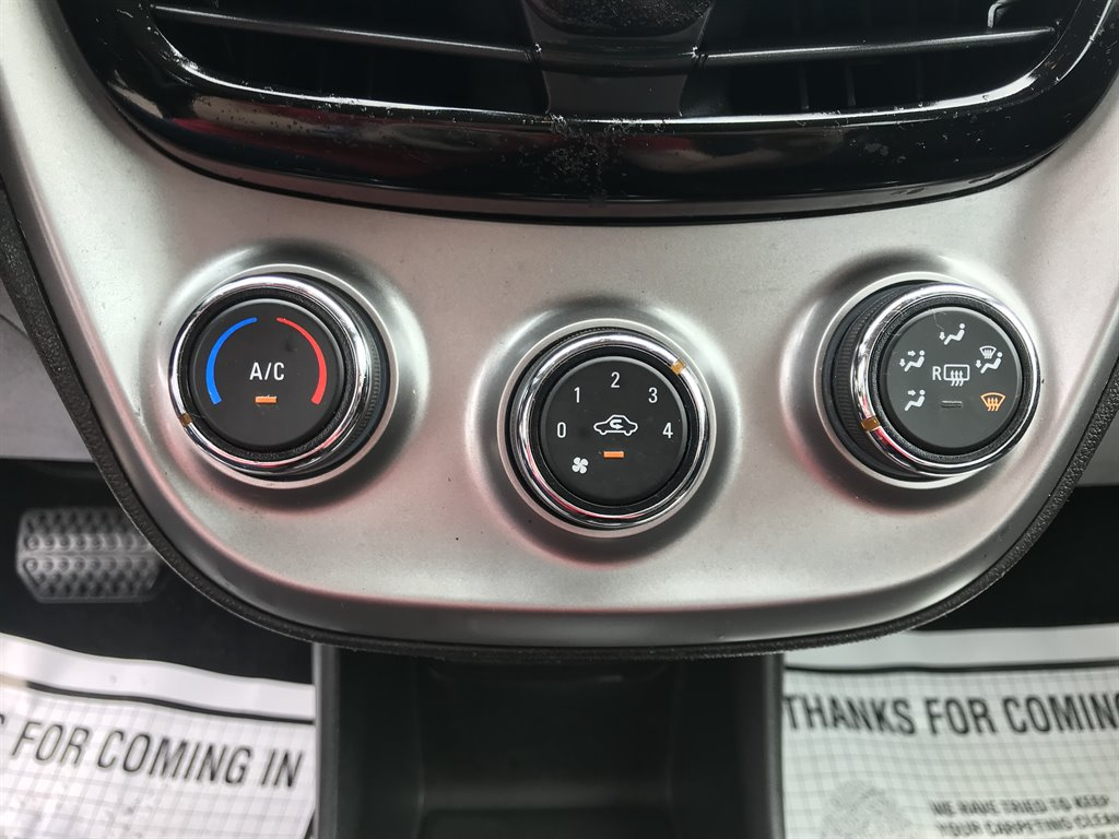 2017 Chevrolet Spark 1LT photo