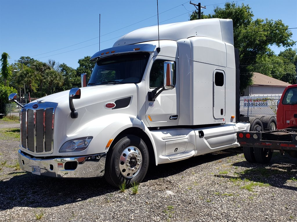 2015 Peterbilt MX16113d13 Conventional