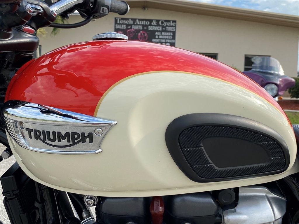 2017 Triumph Bonneville T100  photo