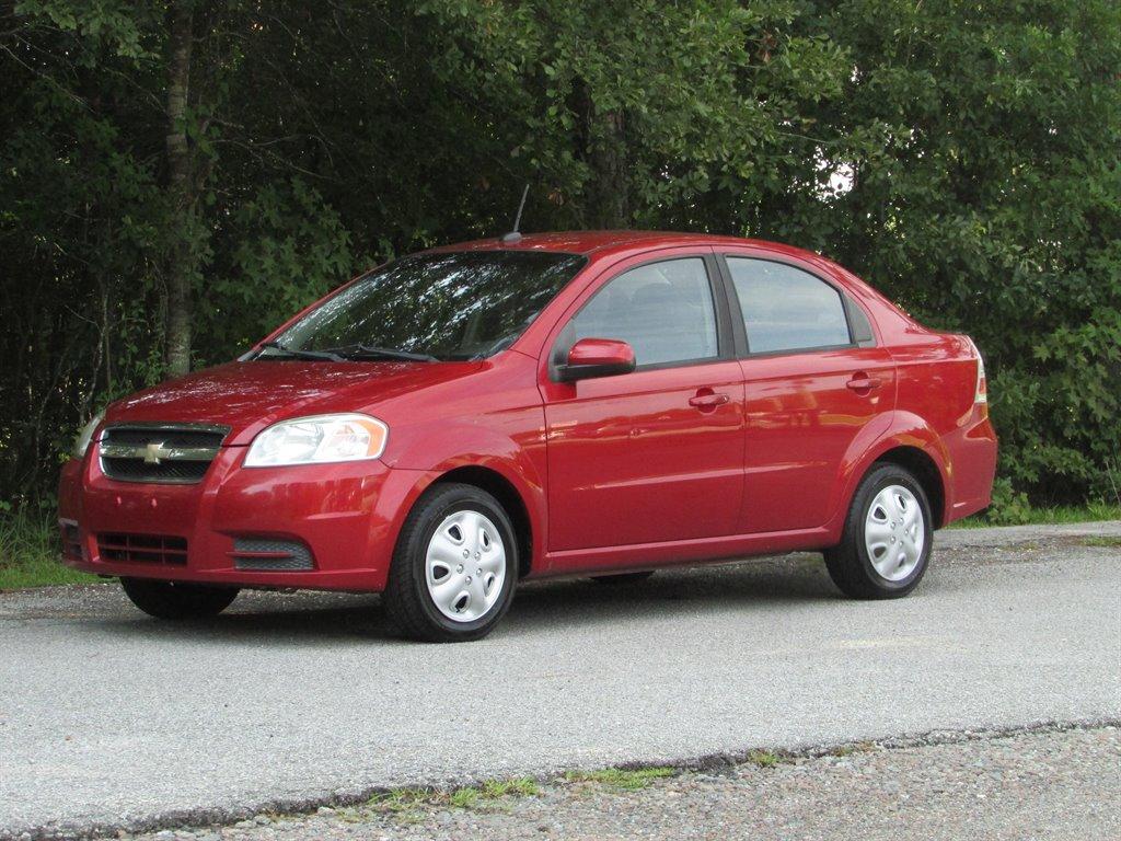 2010 Chevrolet Aveo LS photo