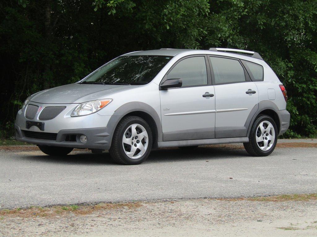 2008 Pontiac Vibe photo