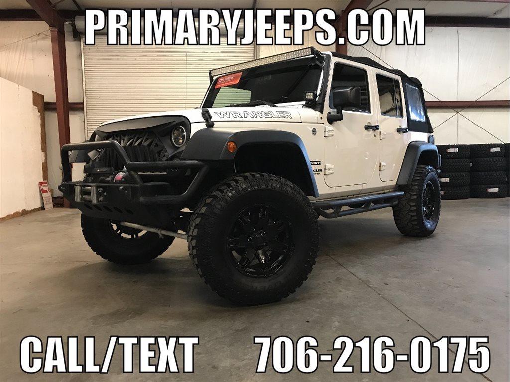 2015 Jeep Wrangler Unlimited 4X4 photo