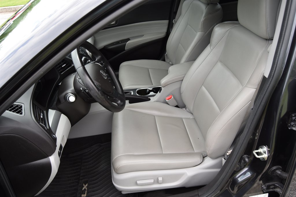 2016 Acura ILX Leather-Sunroof photo