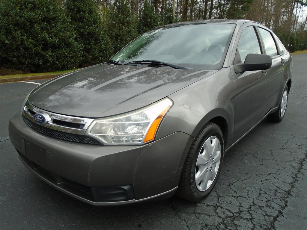 2011 Ford Focus S photo