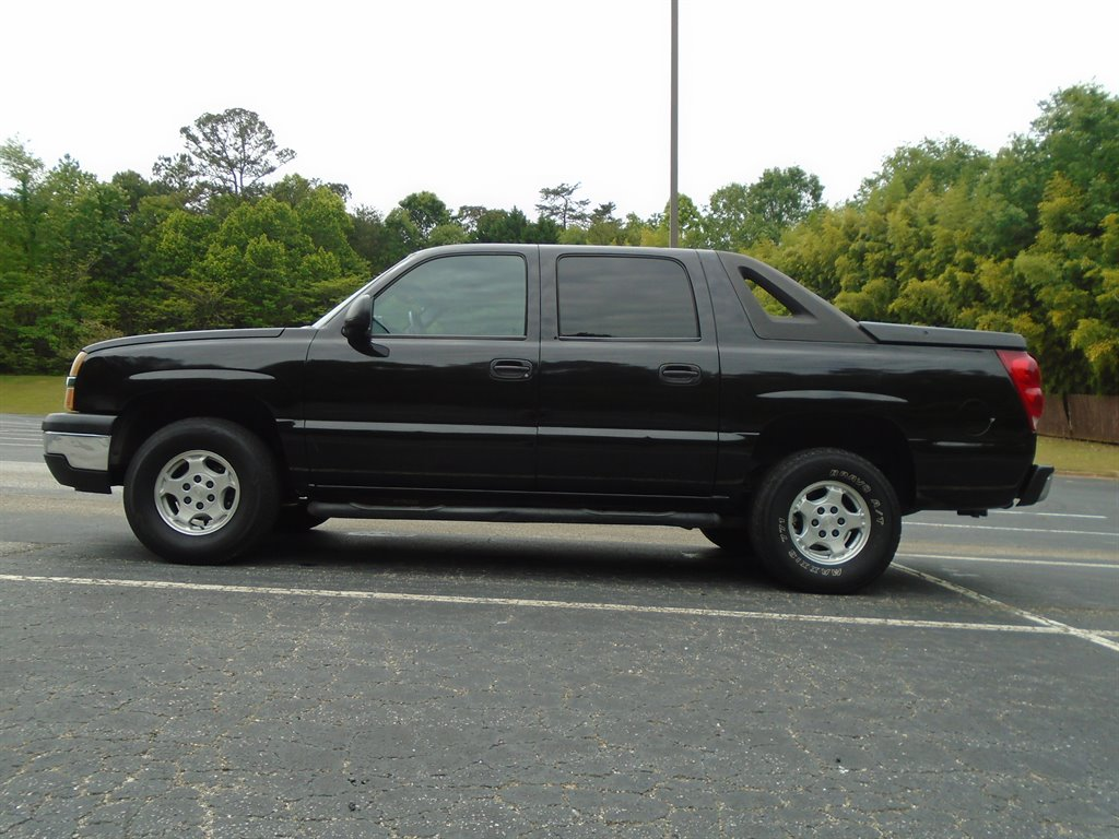The 2004 Chevrolet Avalanche 1500