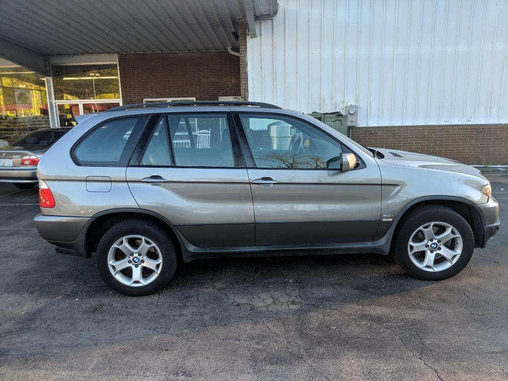 2004 BMW X5 3.0i photo