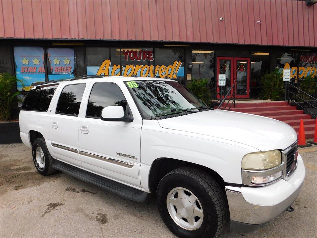 2005 GMC Yukon XL 1500 SLE photo