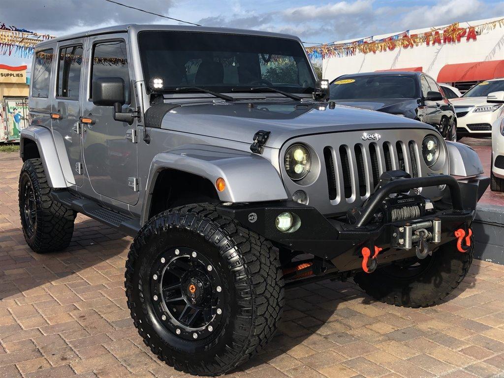2014 Jeep Wrangler Unlimited Sahara photo