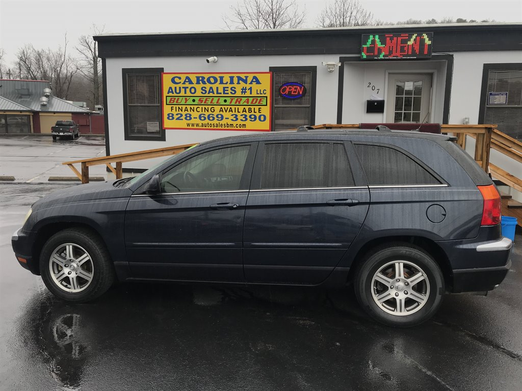 2007 Chrysler Pacifica Touring photo
