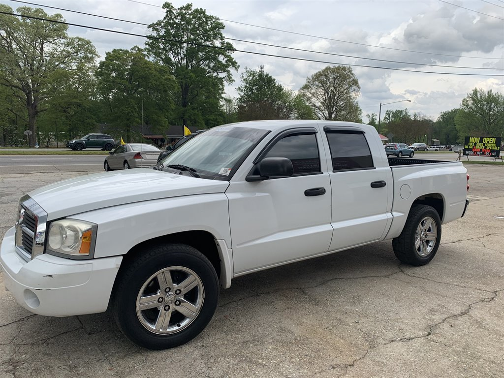 2007 Dodge Dakota SLT photo