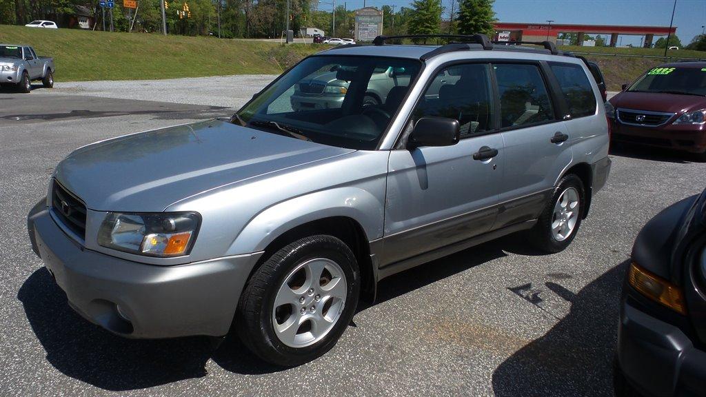 2004 Subaru Forester XS photo
