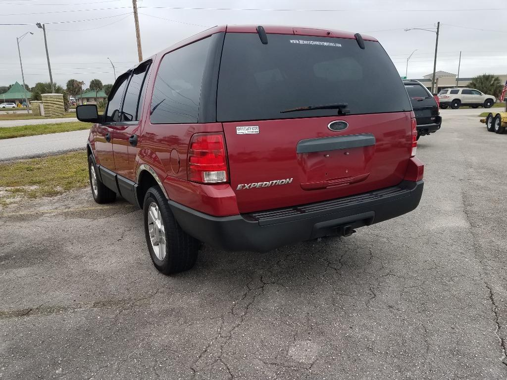 2004 Ford Expedition XLS photo