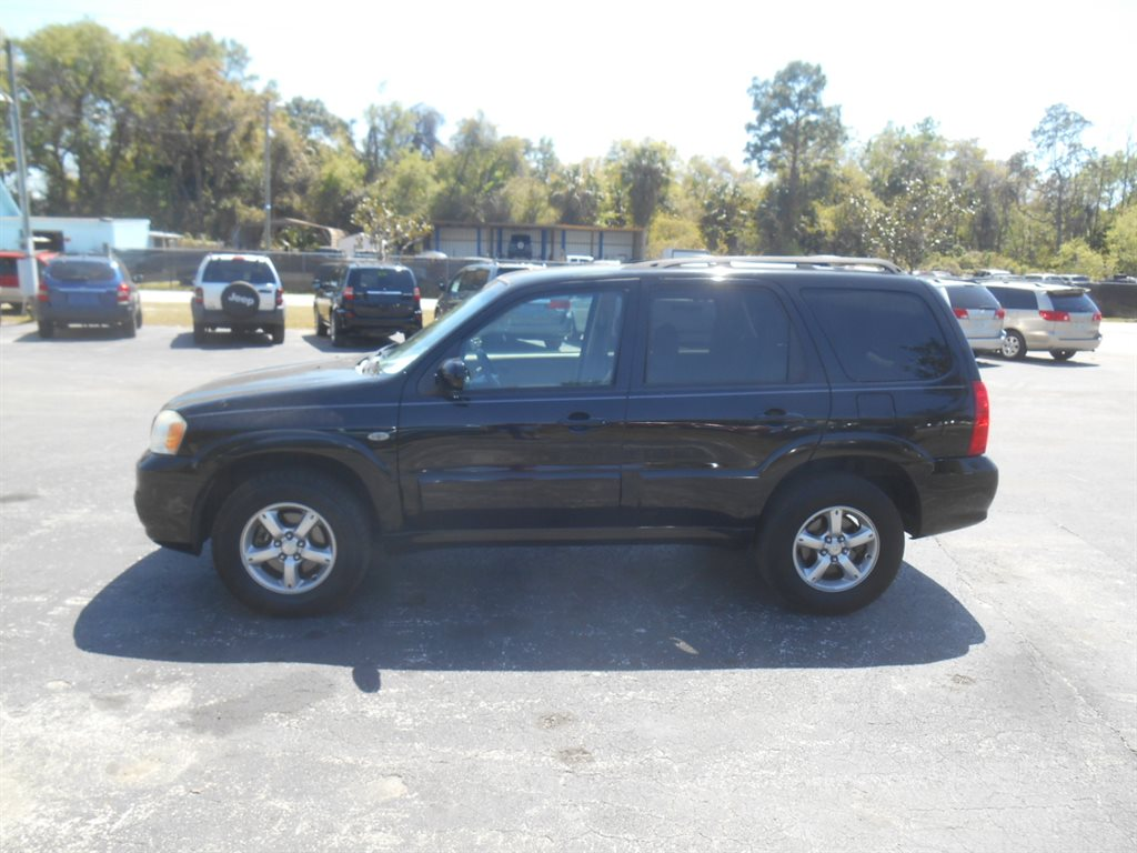 2005 Mazda Tribute s photo