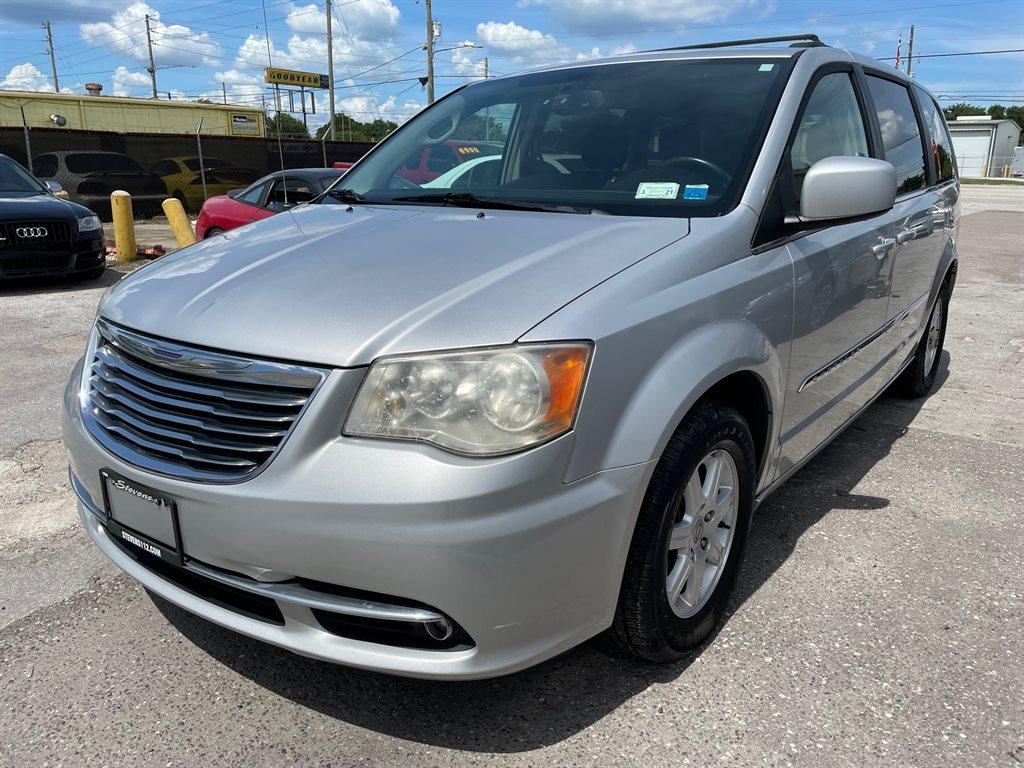 2011 Chrysler Town & Country Touring photo