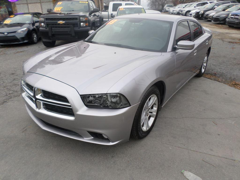 2013 Dodge Charger SE photo