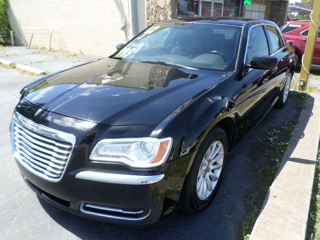 2012 Chrysler 300 photo