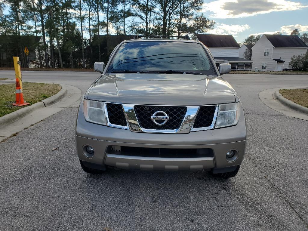 2007 Nissan Pathfinder S photo