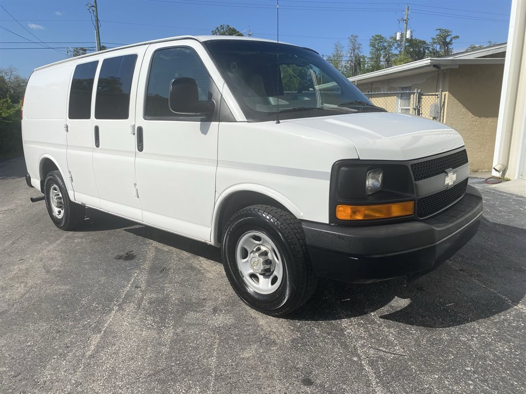 2009 Chevrolet Express 2500 2500 photo
