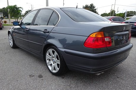 2000 BMW 3-Series 328i photo