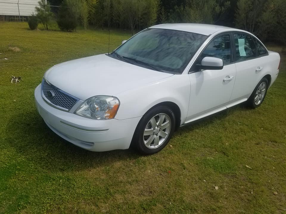 2007 Ford Five Hundred SEL photo