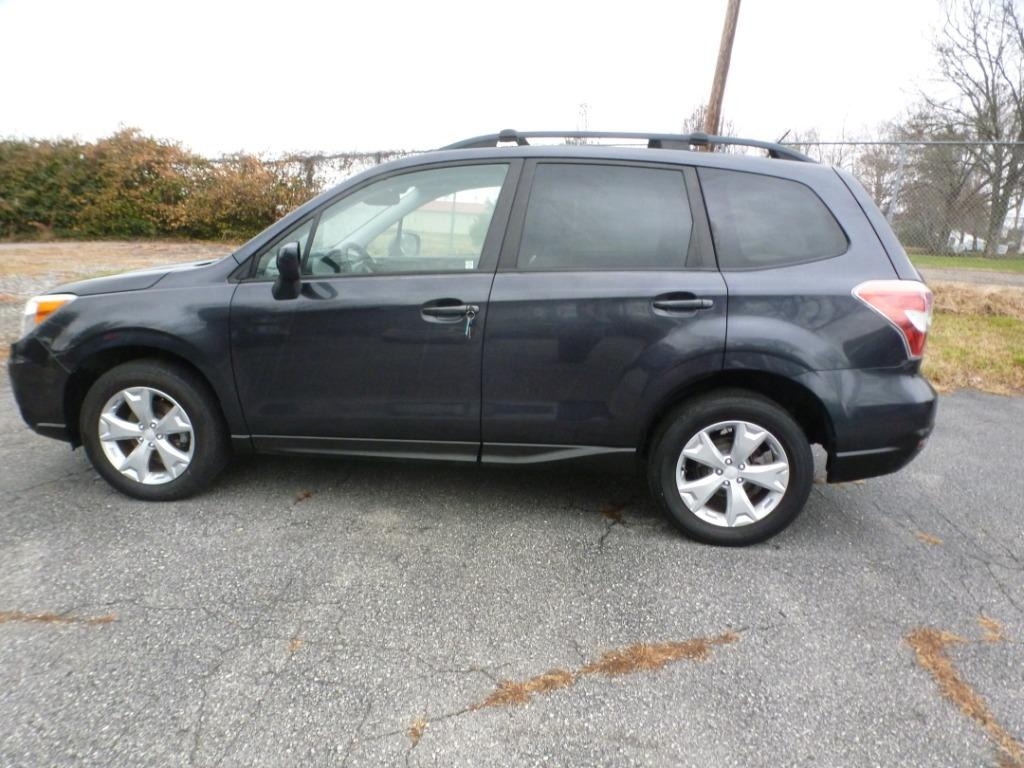 2015 Subaru Forester 2.5i Premium photo