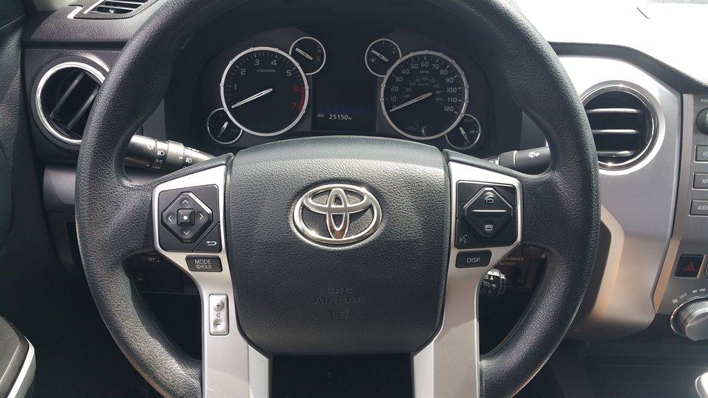 2016 Toyota Tundra SR5 photo