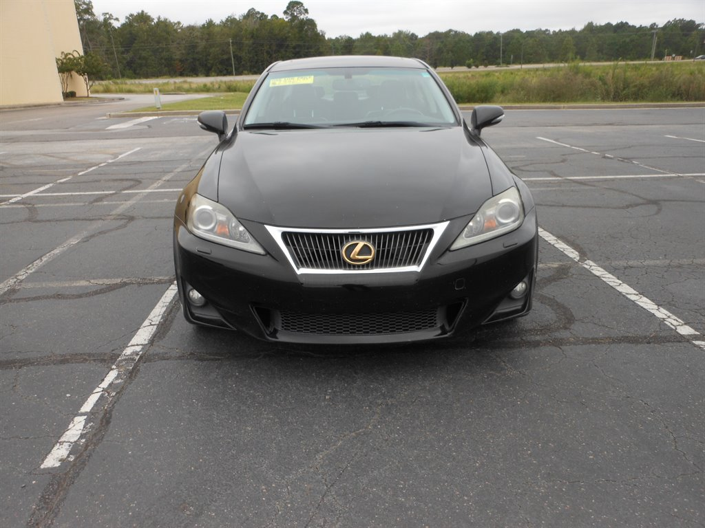 2011 Lexus IS 350 photo