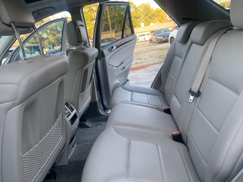 2010 Mercedes-Benz M-Class ML350 4MATIC photo