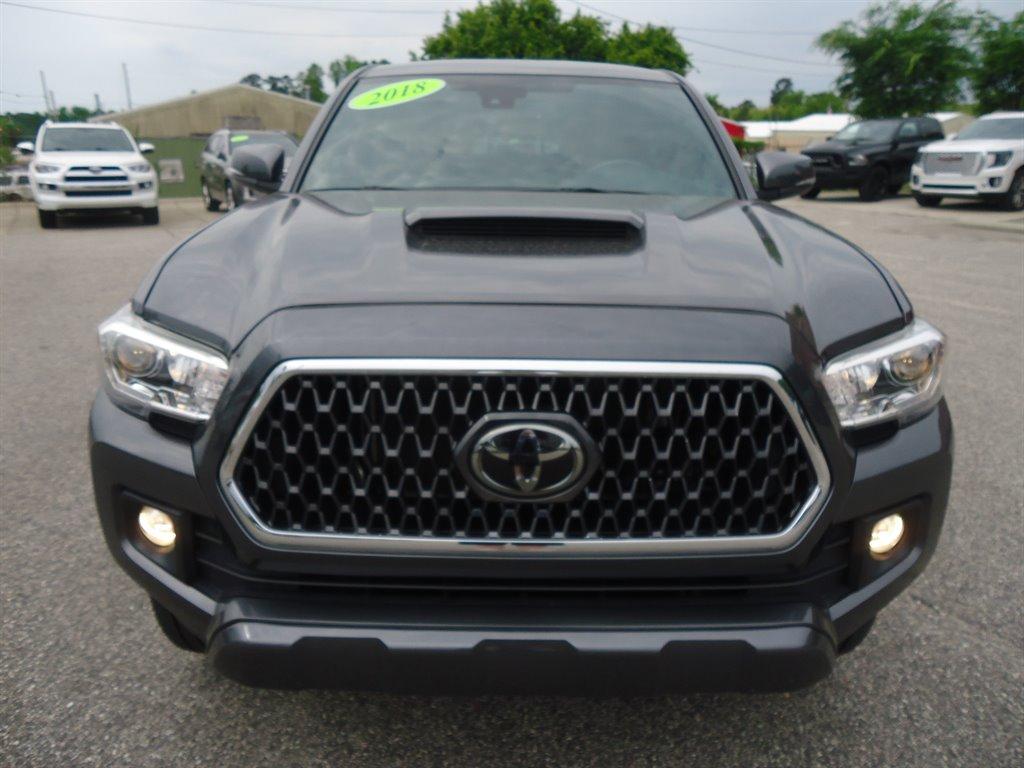 2018 Toyota Tacoma TRD Sport photo