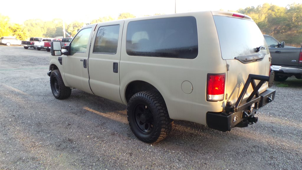 2000 Ford Excursion Limited photo