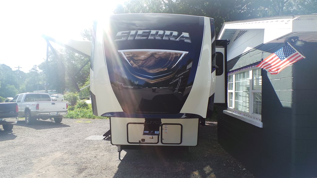 2020 Sierra RV  photo