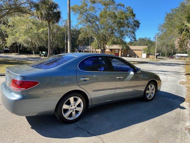 2005 Lexus ES 330 photo