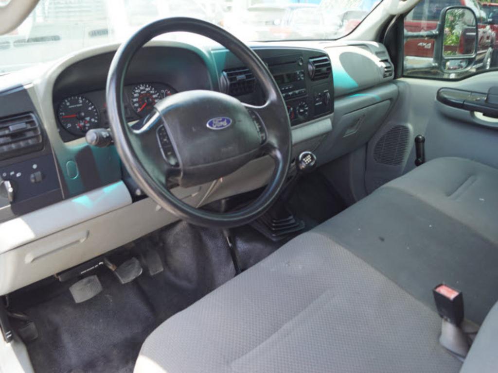 2006 Ford F-350 XL