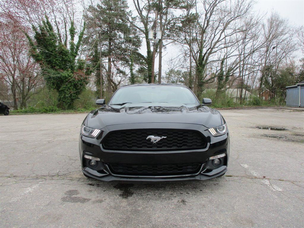 2017 Ford Mustang ECO Premium photo