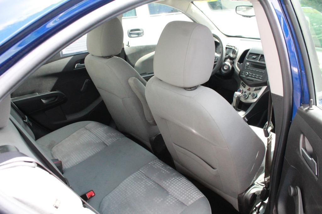 2014 Chevrolet Sonic LS Auto photo