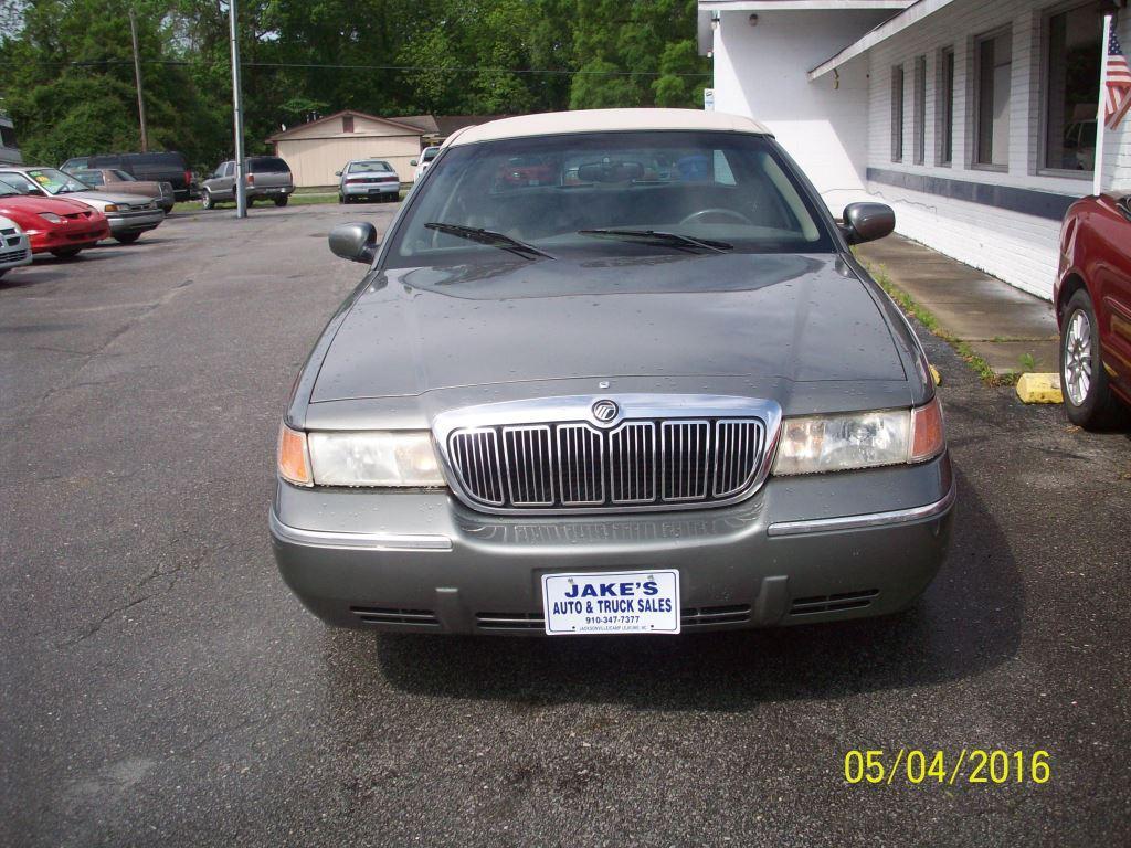 2002 Mercury Grand Marquis LS Premium photo