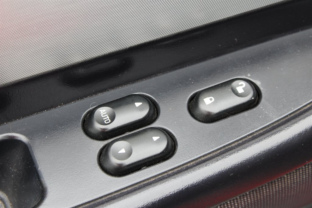 2005 Ford Thunderbird Deluxe photo