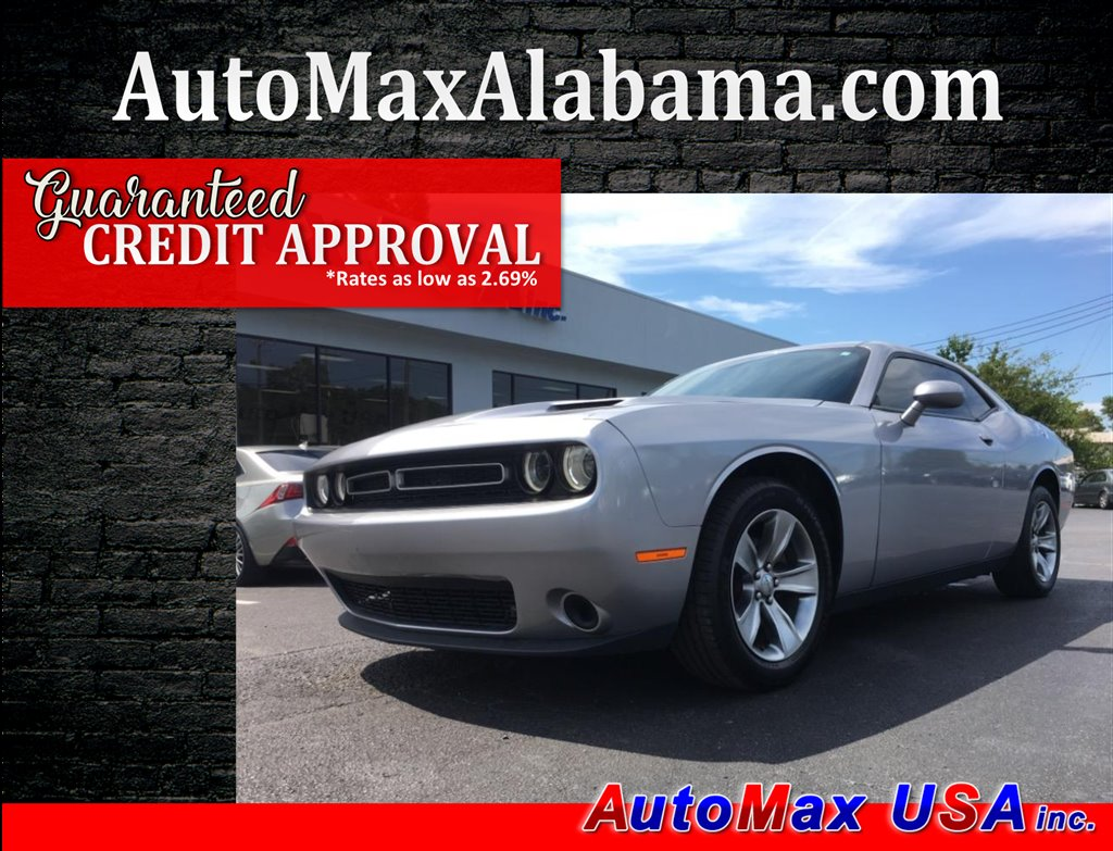 2016 Dodge Challenger SXT photo