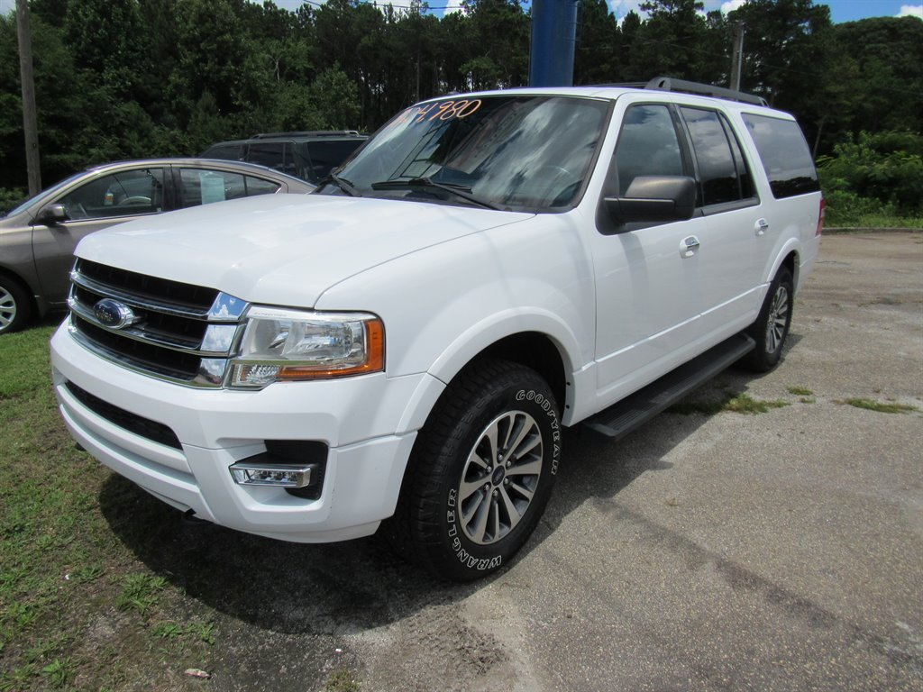 2016 Ford Expedition EL XLT photo