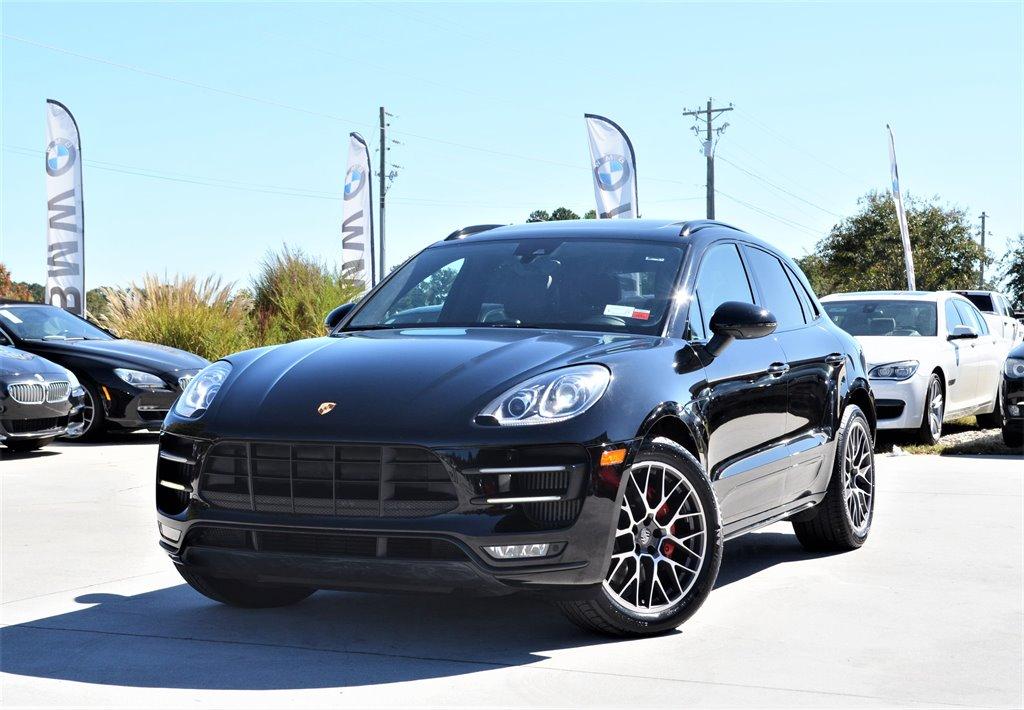2015 Porsche Macan Turbo photo