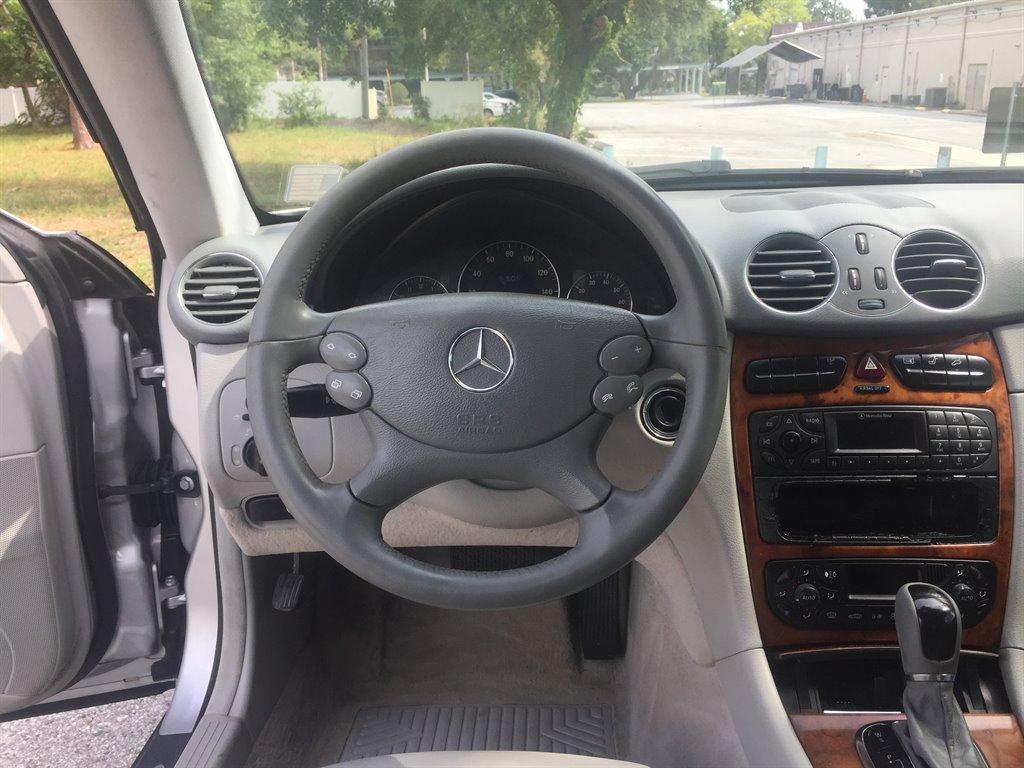 2003 Mercedes-Benz CLK-Class CLK320 photo