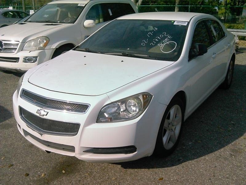 The 2010 Chevrolet Malibu LS photos