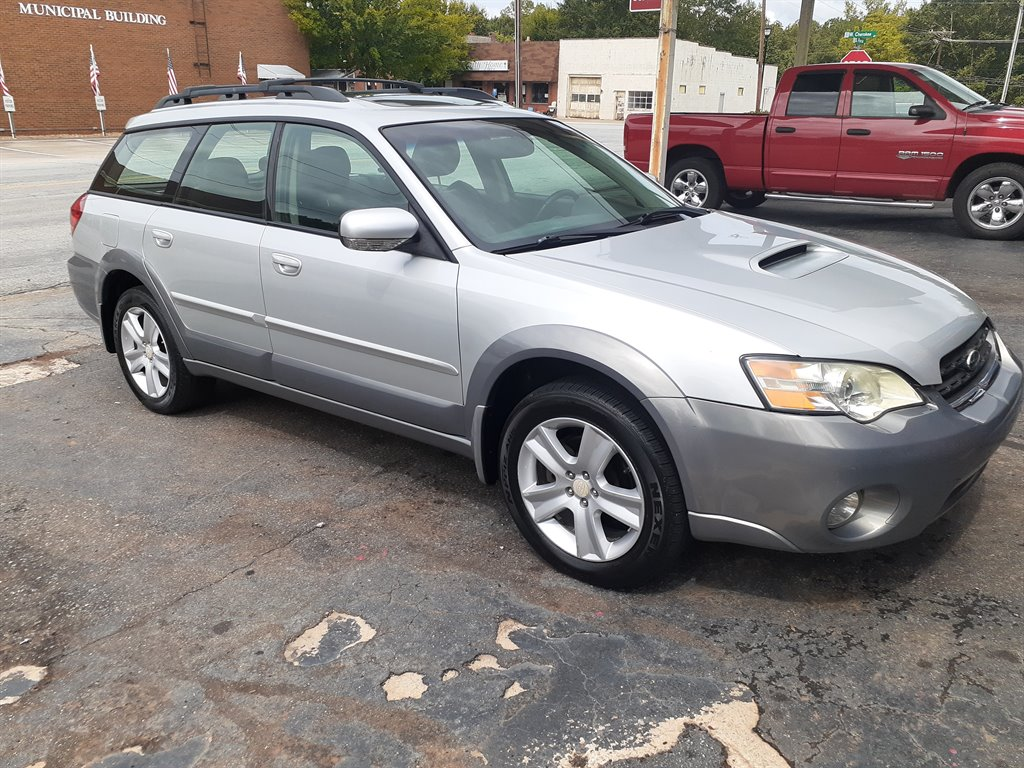 2007 Subaru Outback 2.5 XT Limited photo