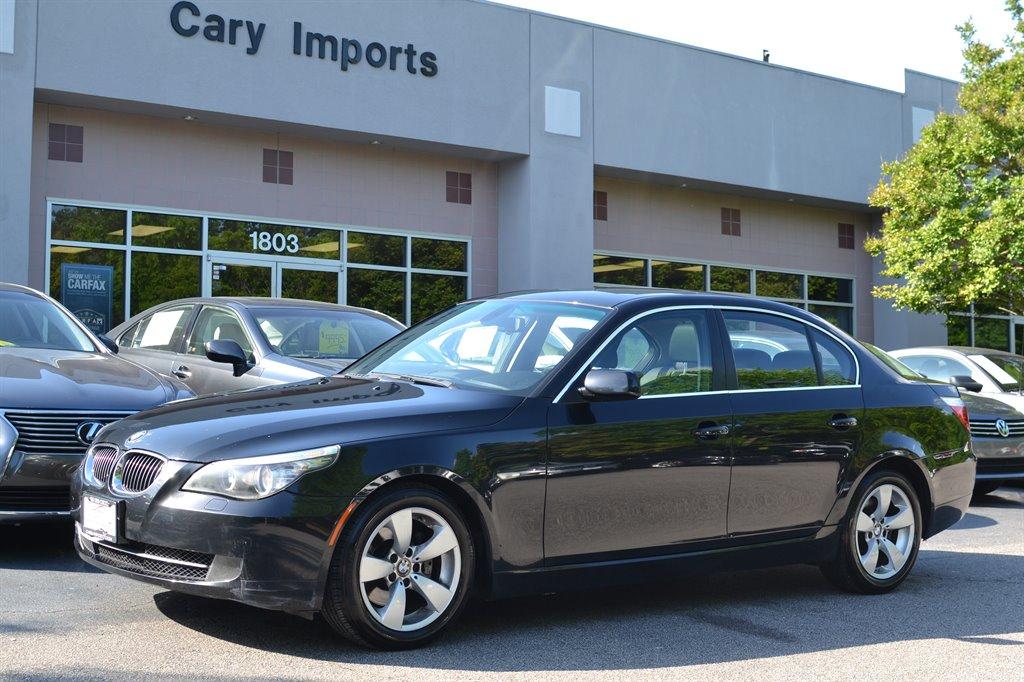 2008 BMW 5-Series 528i photo
