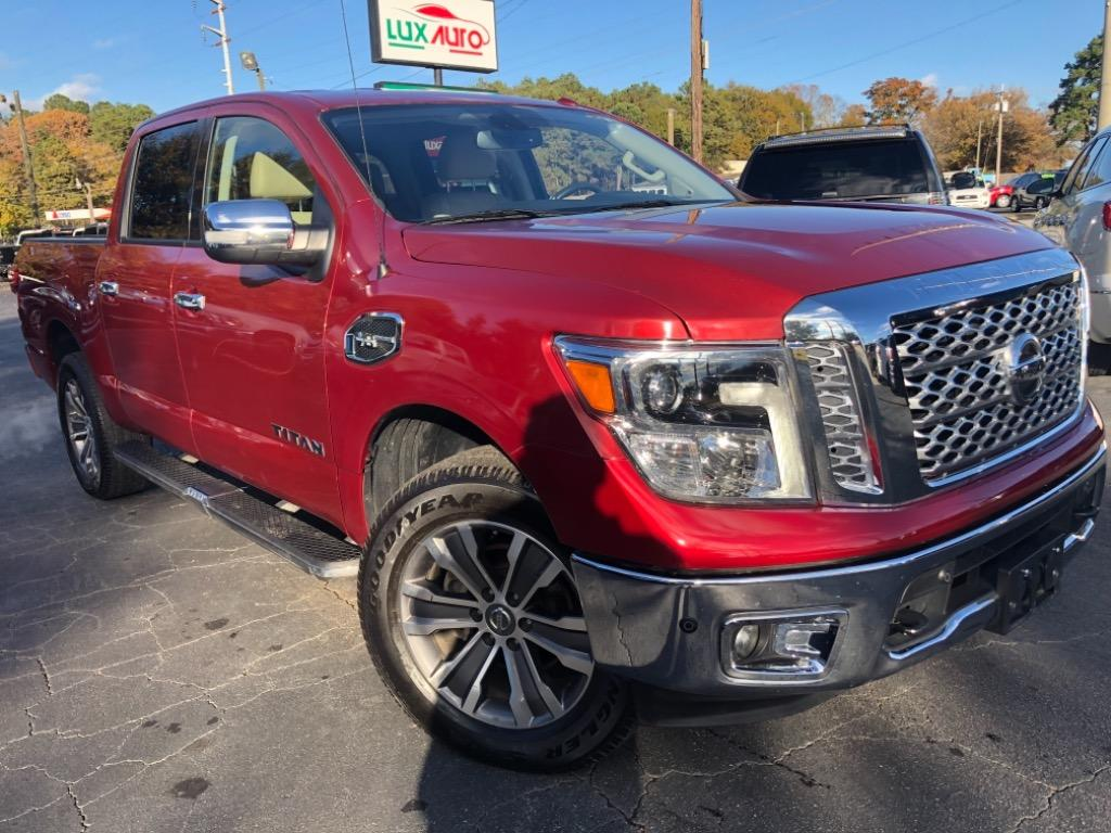 2017 Nissan Titan Platinum photo