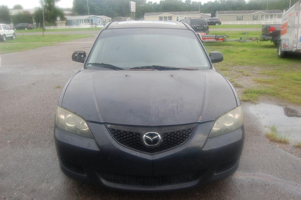2004 Mazda Mazda3 i photo