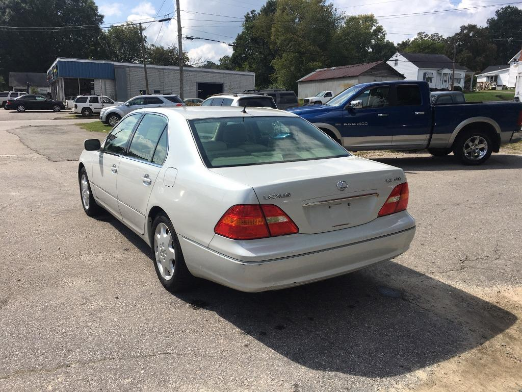 2003 Lexus LS 430 photo
