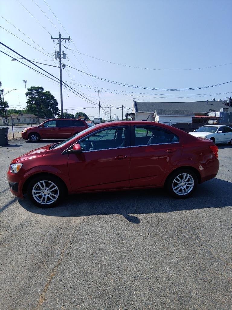 2013 Chevrolet Sonic LT Auto photo