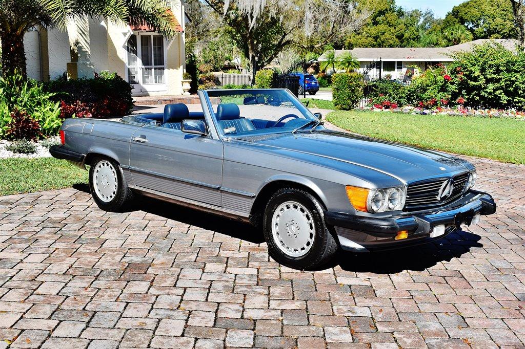 1987 Mercedes-Benz 560-Class 560SL