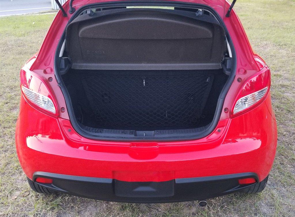 2011 Mazda Mazda2 Touring photo